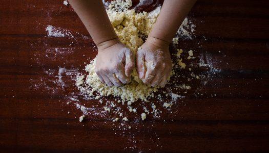 Pizza rustica napoletana: una torta salata ricca di gusto
