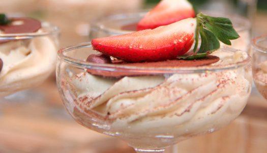 Tiramisù alle fragole: dessert al cucchiaio semplice e genuino